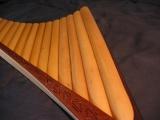Lange Bambusrohre ohne Knoten