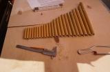 Abgeschälte und zugeschnittene Bambusrohre
